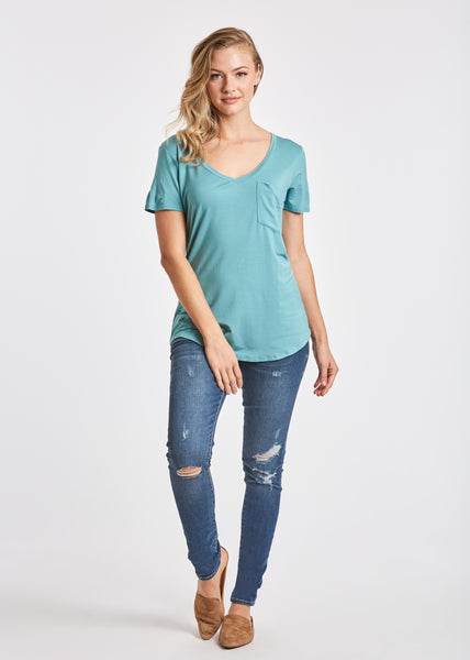 PHOENIX POCKET VNECK TEE CLOUDY BLUE