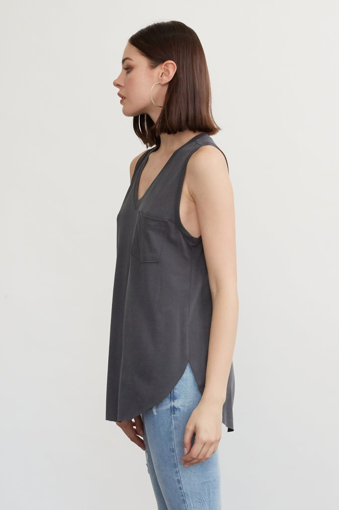 ESTHER VNECK TANK W/ PKT DARK GREY
