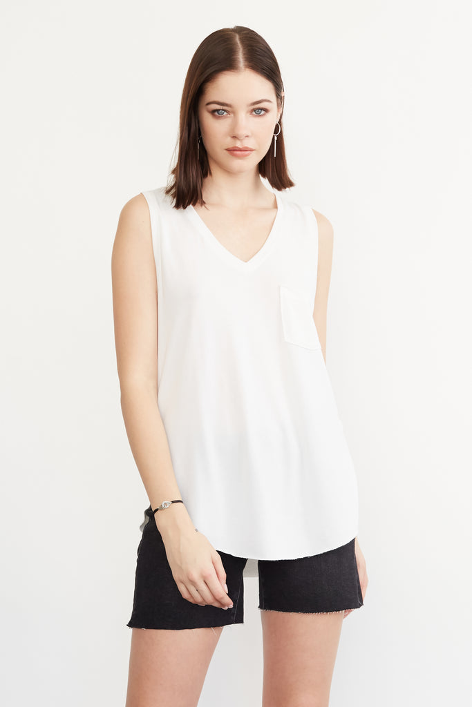 ESTHER VNECK TANK W/ PKT WHITE