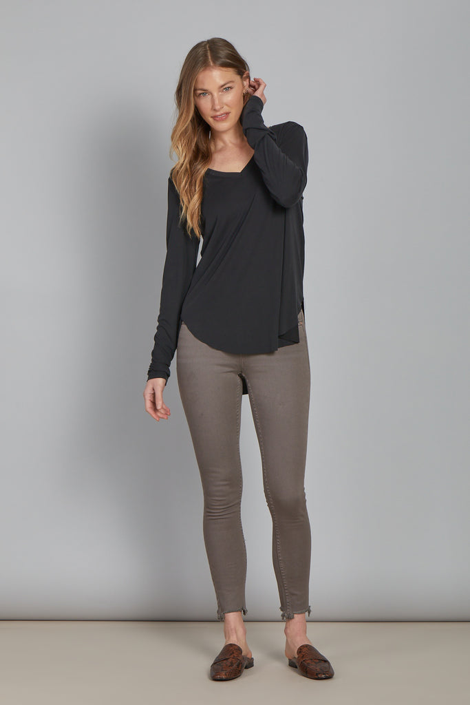 LILAH LONG SLEEVE VNECK BLACK