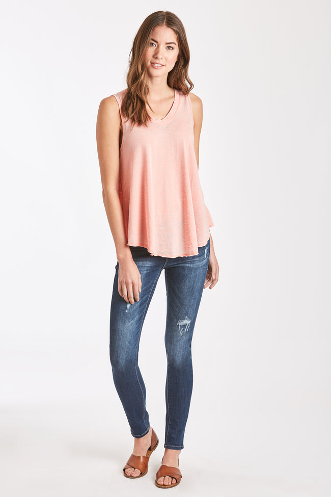 ALLISON BURNOUT V-NECK BLUSH