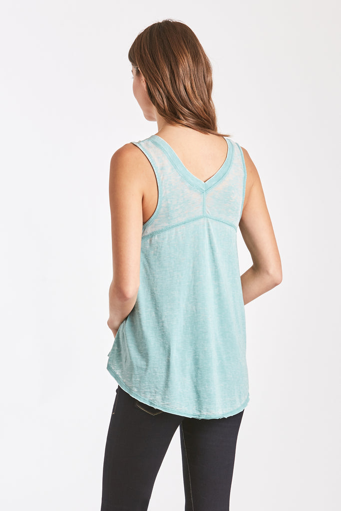 ALLISON BURNOUT V-NECK SOFT JADE