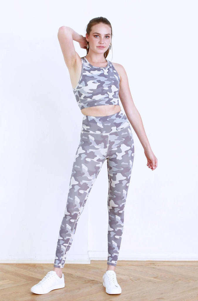 MICAH PRINTED REVERSIBLE ATHLETIC BRA DARK GREY CAMO