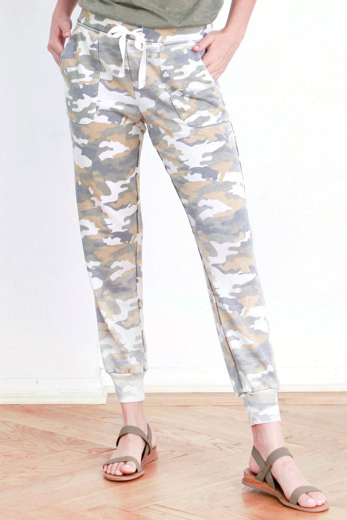 ANGELA VINTAGE WASHED JOGGER WHITE CAMO