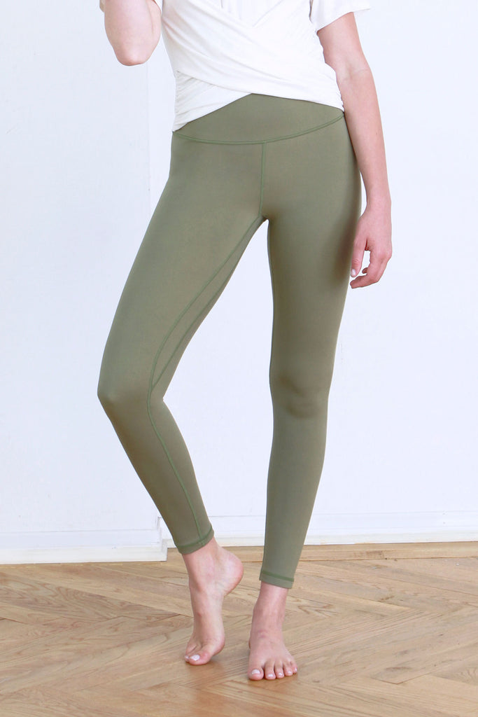 ANDIA SECOND SKIN PERFORMANCE LEGGINGS TEA LEAF