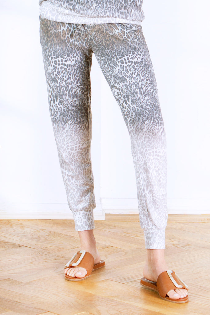 CORY PRINTED BRUSHED HACCI JOGGER LEOPARD FADE