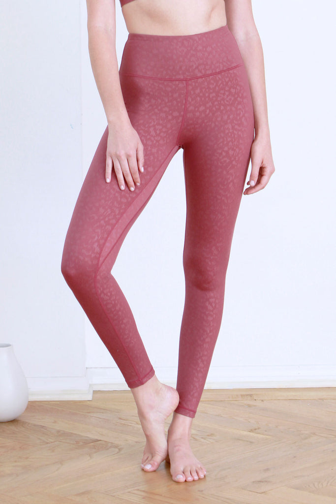 ANDIA LEOPARD EMBOSSED LEGGINGS MERLOT
