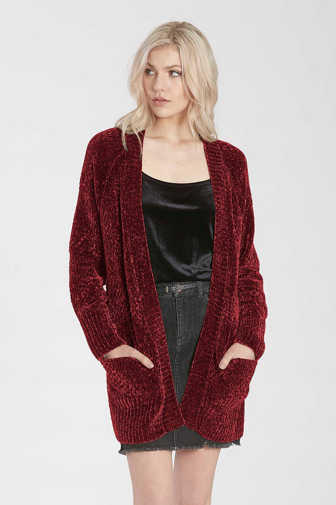 JADE RELAXED CHENILLE CARDIGAN CHERRY