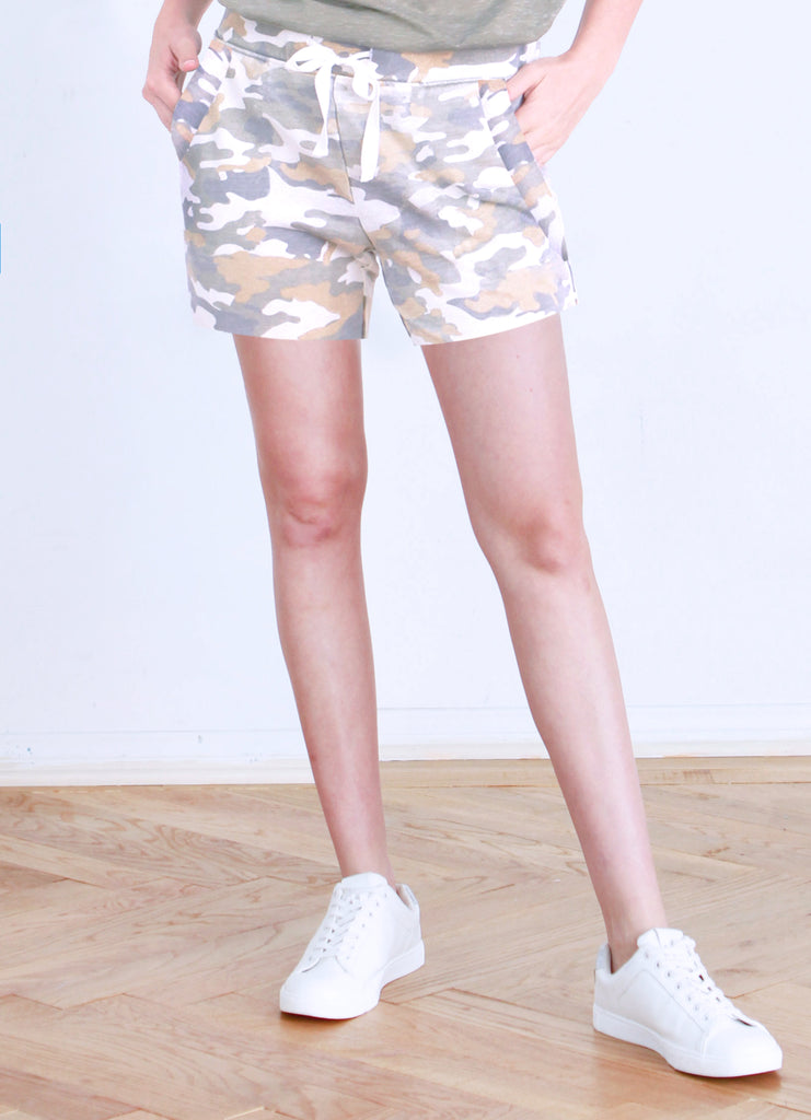 KENNEDY WHITE CAMO SHORT