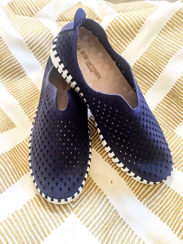 Tulip Slip On Navy