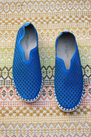 Tulip Slip On Direct Blue