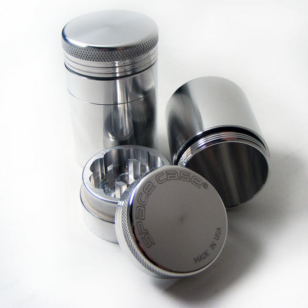 Space Case Scout Grinder - Medium