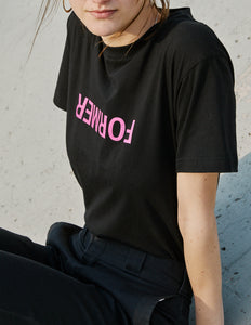 UNCONVENTIONAL TEE BLACK