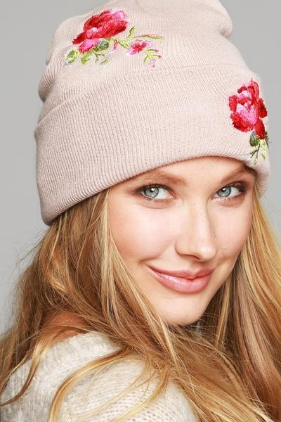 Beanie With Embroidered Roses