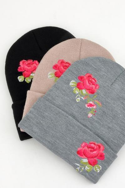 8a66b6eeb3551 Beanie With Embroidered Roses – 4 THE LOVE OF THINGZ