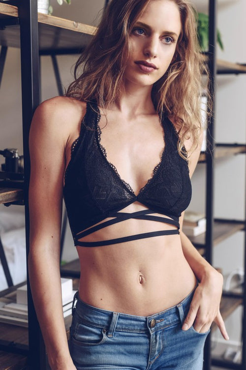 Scallop Racer Back Halter Bralette -  Black Or Gray