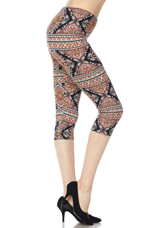 Curvy - Baroque Capri Leggings