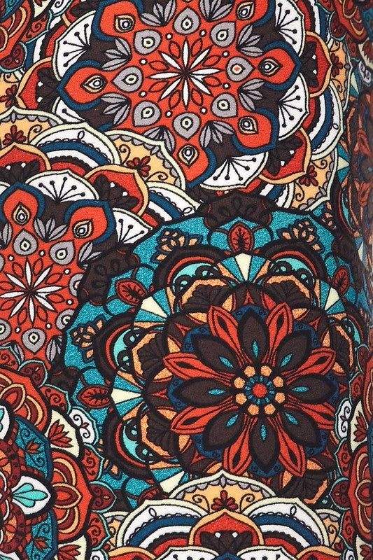 Curvy - Red/Blue Mandala Print Capri Leggings