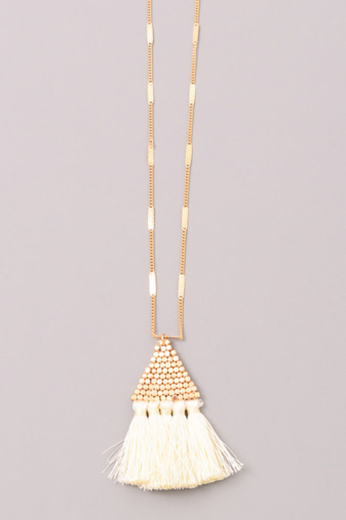 Delany - Ivory-Necklaces-Wholesale-Boutique-Clothing-Accessories
