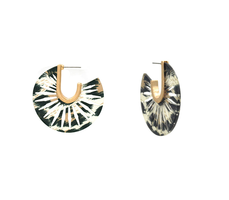 Nylah - Leo Gold-Earrings-Wholesale-Boutique-Clothing-Accessories