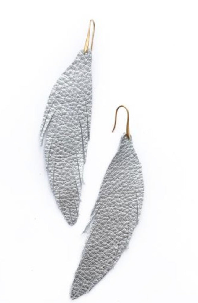 Short Feather Leather Earring - Silver Pebbled