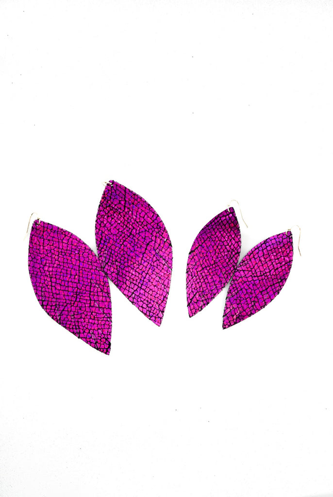 Single Layer Leather Earring - Magenta Crackle