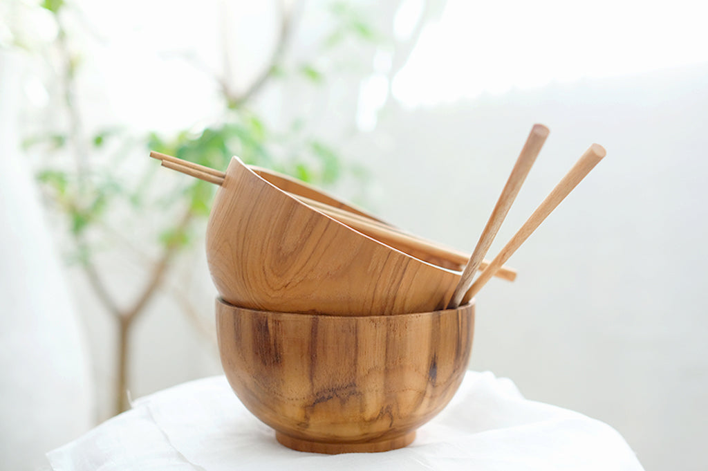 Teakwood Bowl With Sticks