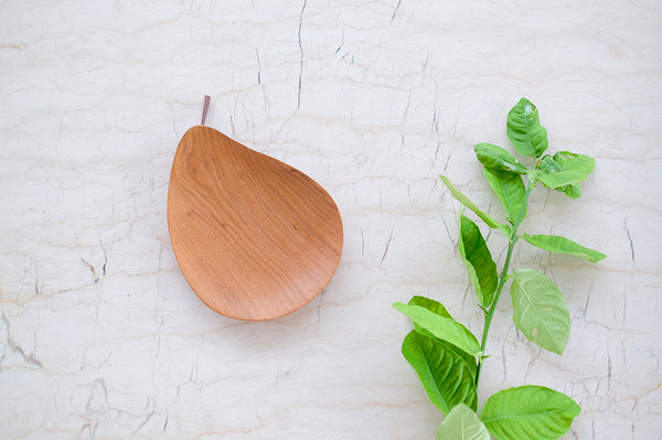 Teakwood Pear Plate