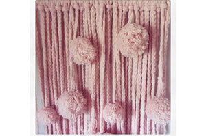 Bild in Slideshow öffnen, Wolle Hanging Stick Pink