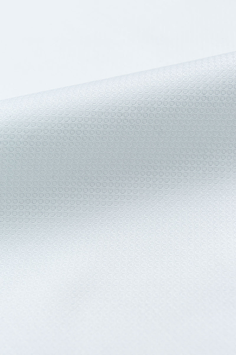Aviro 80s White Twill Fabric