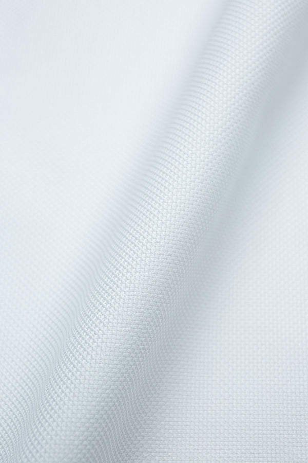 Cleo 80s Textured White Cloth Fabric
