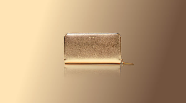 Luxurious Ladies Wallet in Gold