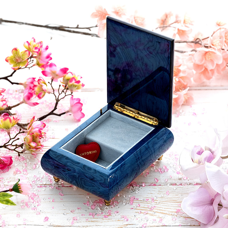 "Music Jewellery Box with Motive of ""The True Love"""