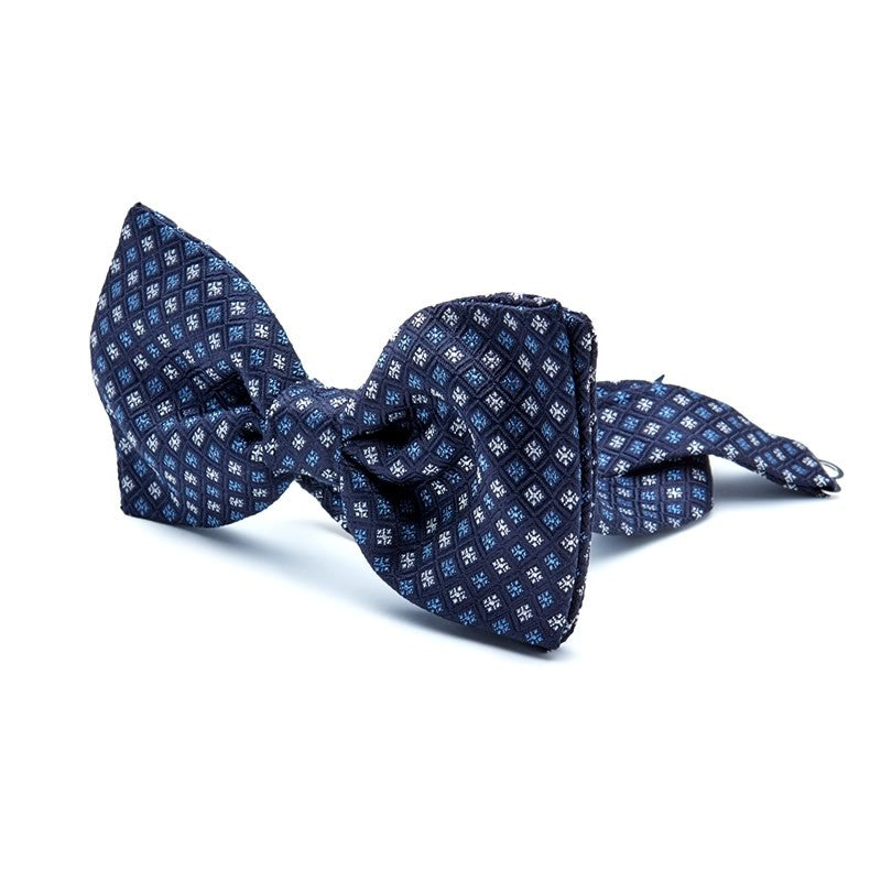 Silk Bow Tie in Blue