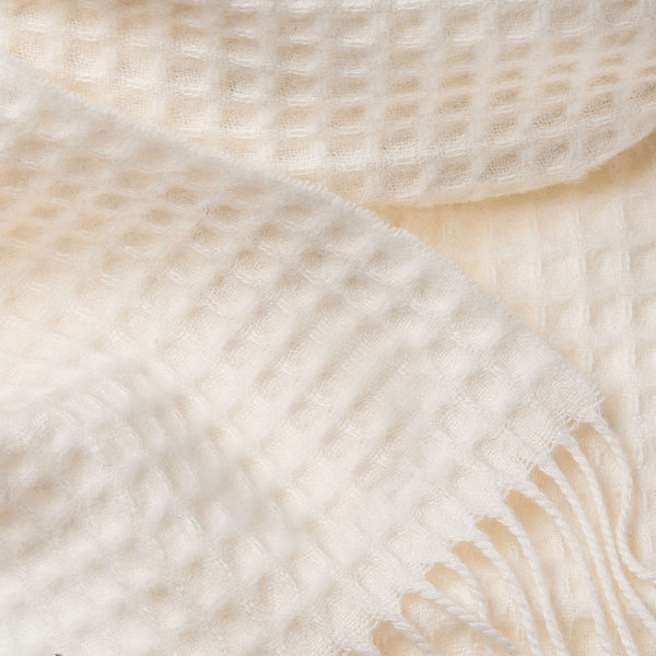 Cashmere Scarf with Squares Pattern in Ivory-ANTORINI®