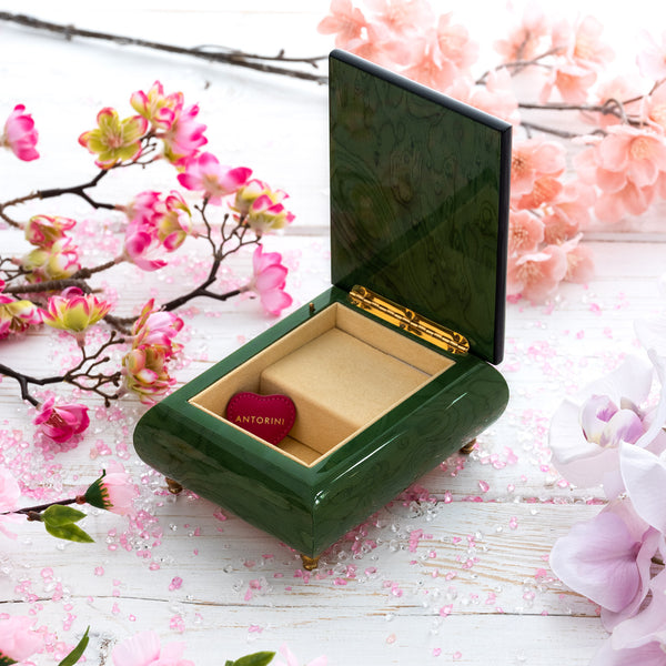 "Music Jewellery Box with Motive of "" Kitten Kisses""-ANTORINI®"