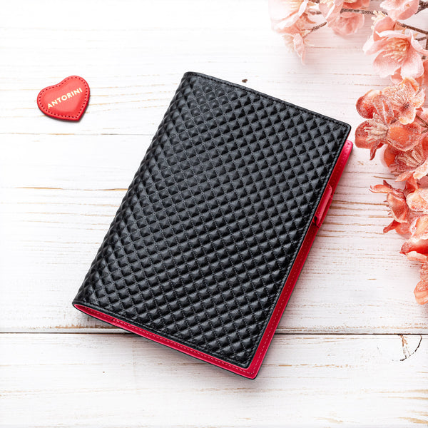 A6 leather Agenda in Black and Fuchsia-ANTORINI®