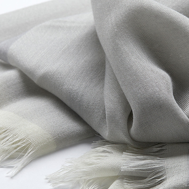 Light Cashmere Scarf in Silver