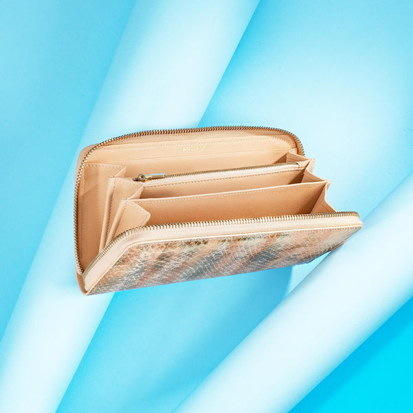 Luxurious Ladies Couture Leather Purse in Gold & Beige