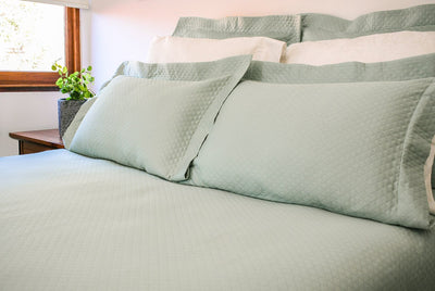 Green Bedspread in Modern design
