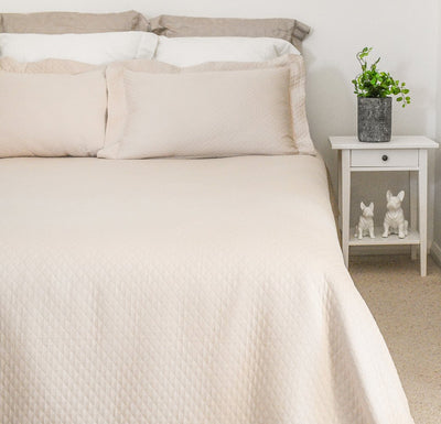 Ivory Lightweight Blanket