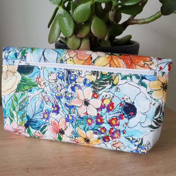 'Blooms' foldover clutch