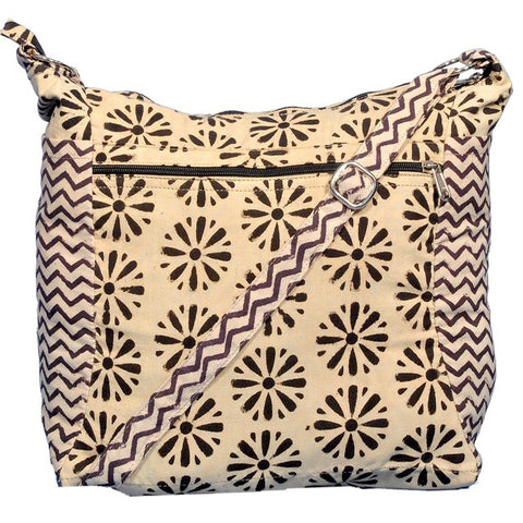 KK2009 - Indy Cotton Bag - Black daisy/zigzag