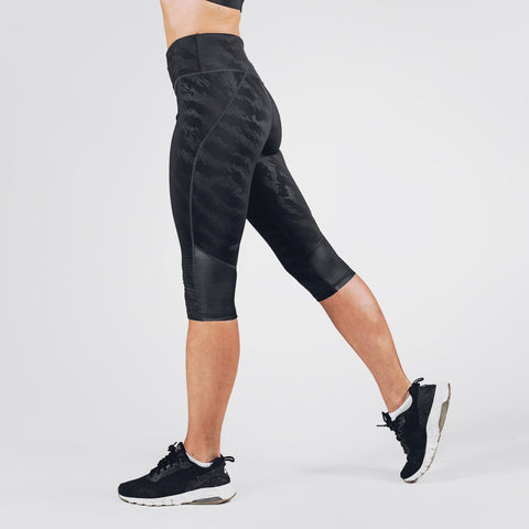 Elevate 3/4 Leggings