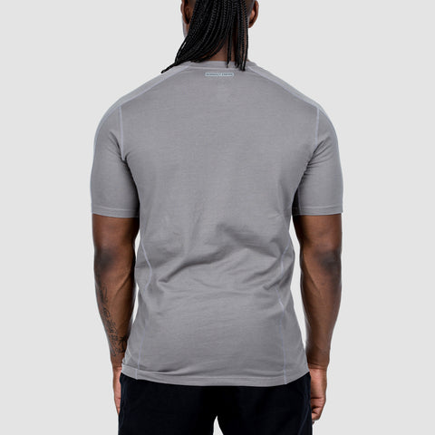products/workoutempire-essentialtee-platinum-simba-back.jpg