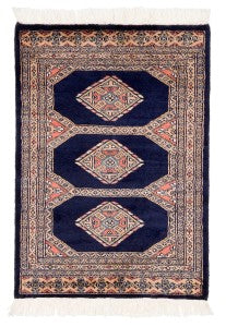 Bokhara Rugs What They Are And Why You Need One Rugknots Rugknots