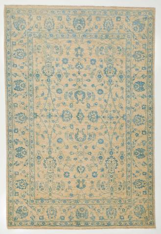 7x10 Ivory/Blue Wool & Silk Rug