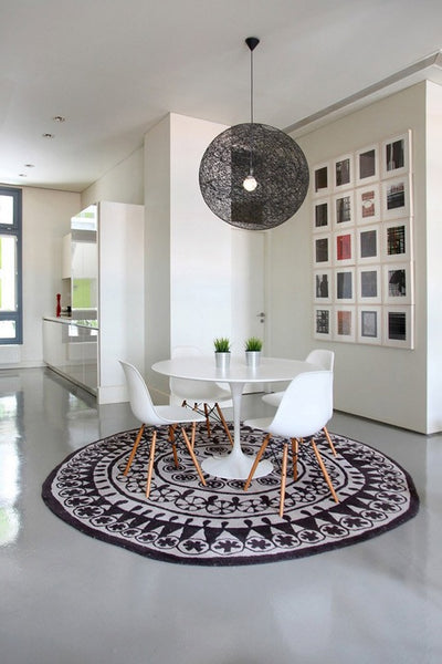 Rug under round dining table Room Rug Dining Room Rugknots How To Choose The Best Rug Shape For Your Space Rugknots Rugknots
