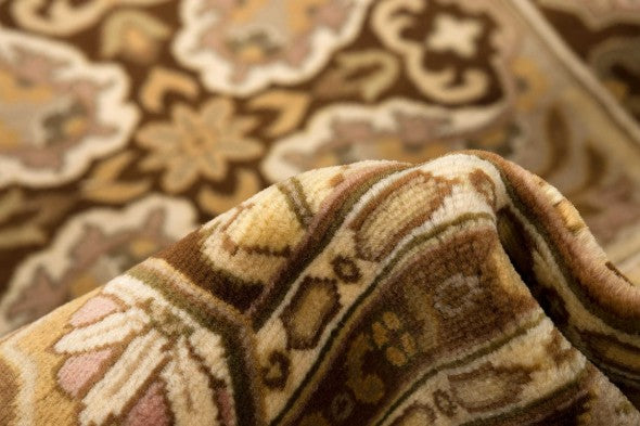 Oriental rugs with a beautiful knot count from RugKnots.com