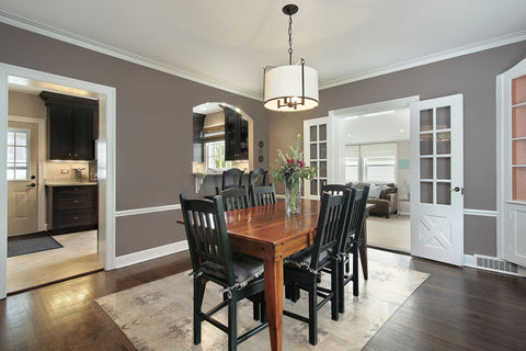 Here Is A Trend That Is Growing In Popularity   Higher Tables With Tall  Chairs. This Dining Room Isnu0027t One Of The Larger Ones In The List.